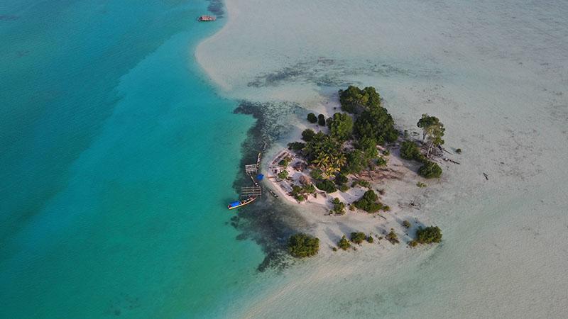 """Kepulawan Widi dikenal dengan sebutan """"Pulau Widi"""